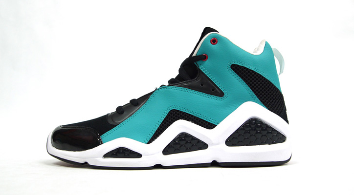 Photo04 - Reebok KAMIKAZE III MID 「SWIZZ BEATZ」