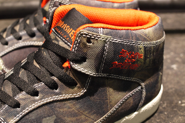 "Photo05 - THRASHER BUCHANAN DOG ""mita sneakers x KICKS LAB."""
