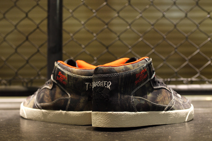 "Photo06 - THRASHER BUCHANAN DOG ""mita sneakers x KICKS LAB."""