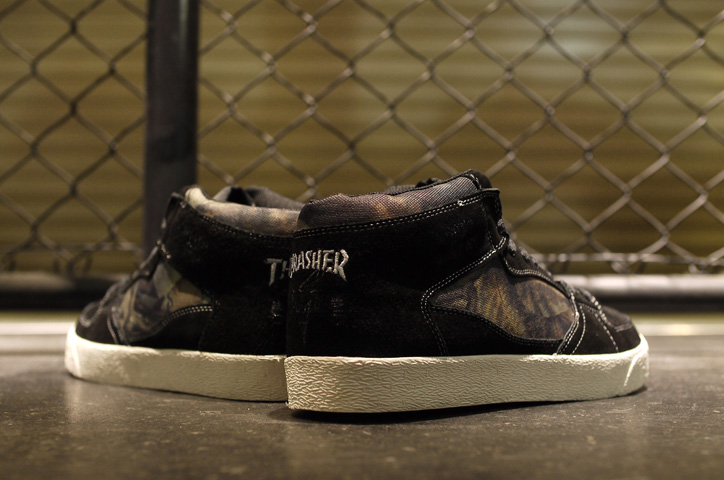 "Photo11 - THRASHER BUCHANAN DOG ""mita sneakers x KICKS LAB."""