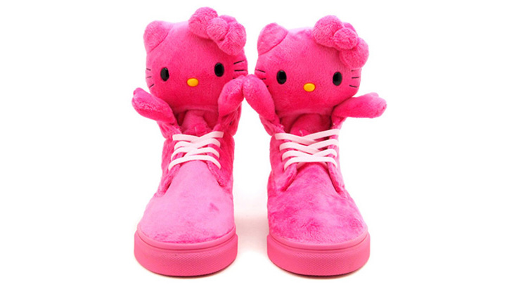 Photo04 - HELLO KITTY x UBIQ MASCOT FATIMA