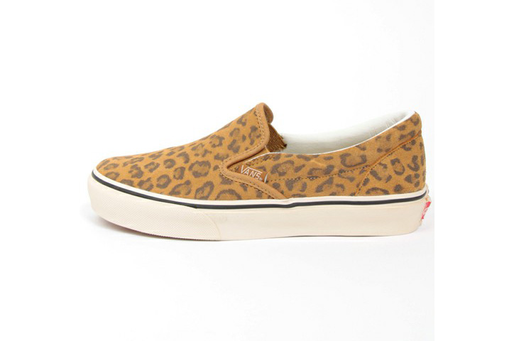 Photo03 - BEAUTY&YOUTH x VANS Leopard Slip-On