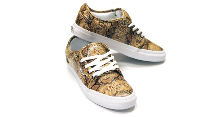 "Photo02 - IN4MATION x VANS CHUKKA LOW ""RATTLES"""