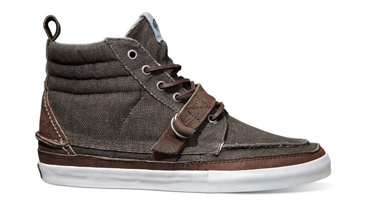 Photo01 - Vans Vault Fall 2012 Sk8-Hi Boat Strap LX