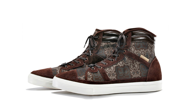 Photo05 - White Mountaineering 2012 Spring/Summer Footwear Collection
