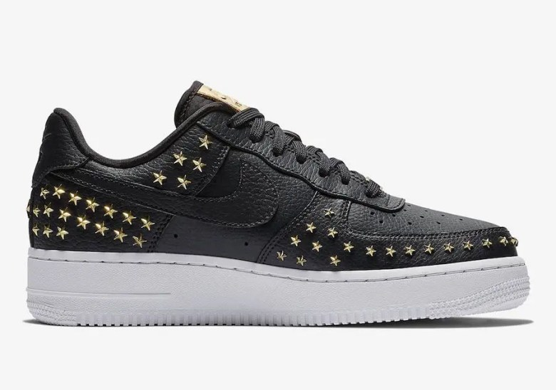 NIke-Air-Force-1-Low-Stars-Black-Gold-AR0639-001-2