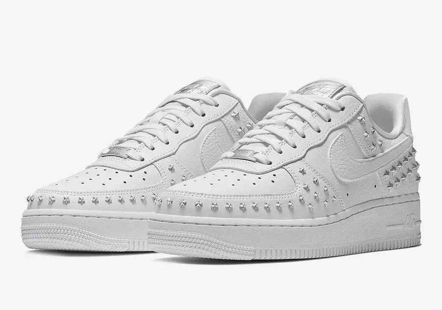 Nike-Air-Force-1-Low-Stars-White-Sivler-AR0639-100