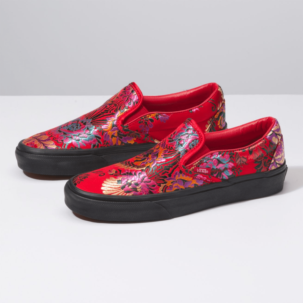 Vans Festival Satin Slip-on Red