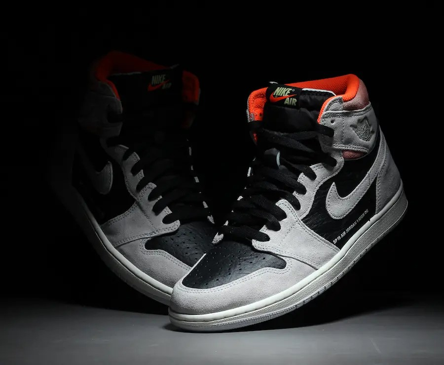 Air-Jordan-1-Retro-High-OG-Neutral-Grey-555088-018-11