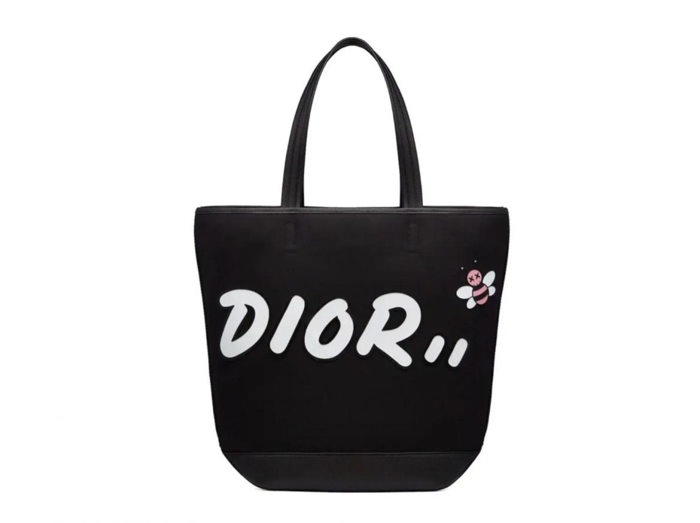 Dior x KAWS Summer 2019 Mens Collection-06