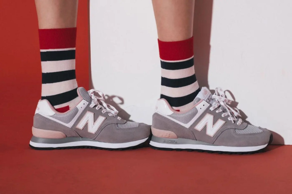 New Balance 574 Valentine's Day-01
