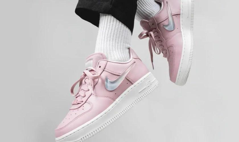 Nike-Air-Force-1-Premium-Plum-Chalk-AH6827-500