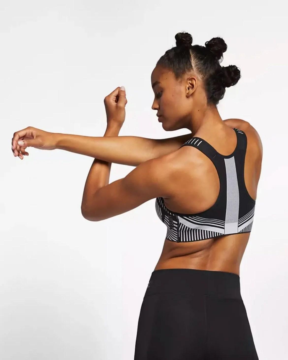 Nike Women's High Support Sports Bra Nike FE NOM Flyknit-10