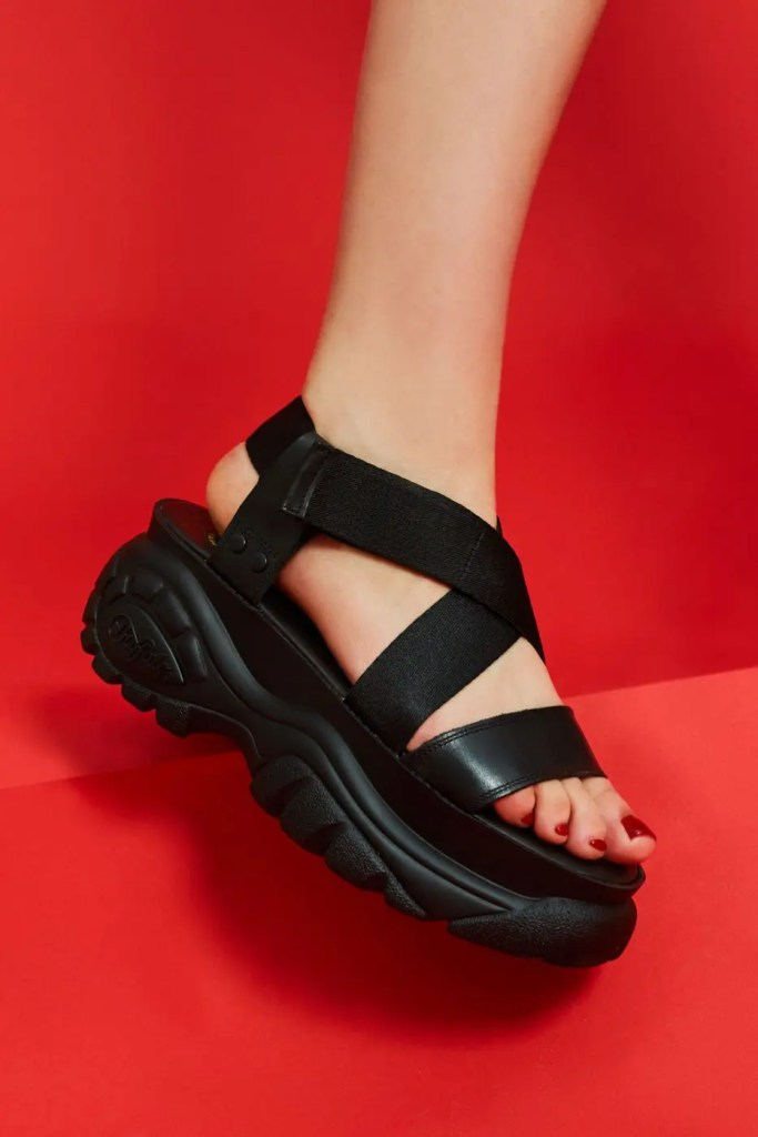 Opening-ceremony-buffalo-london-chunky-sandals-red-black-4