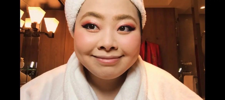 Naomi Watanabe's Guide to Glitter Eyes and Bold Lips Beauty Secrets Vogue-09