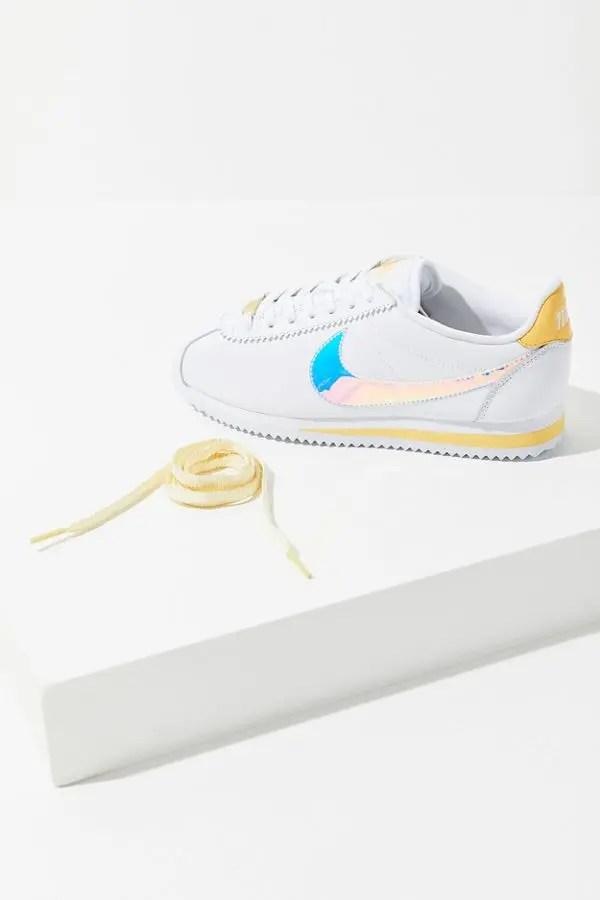 Nike Classic Cortez Sneaker White Clear Topaz Gold-09