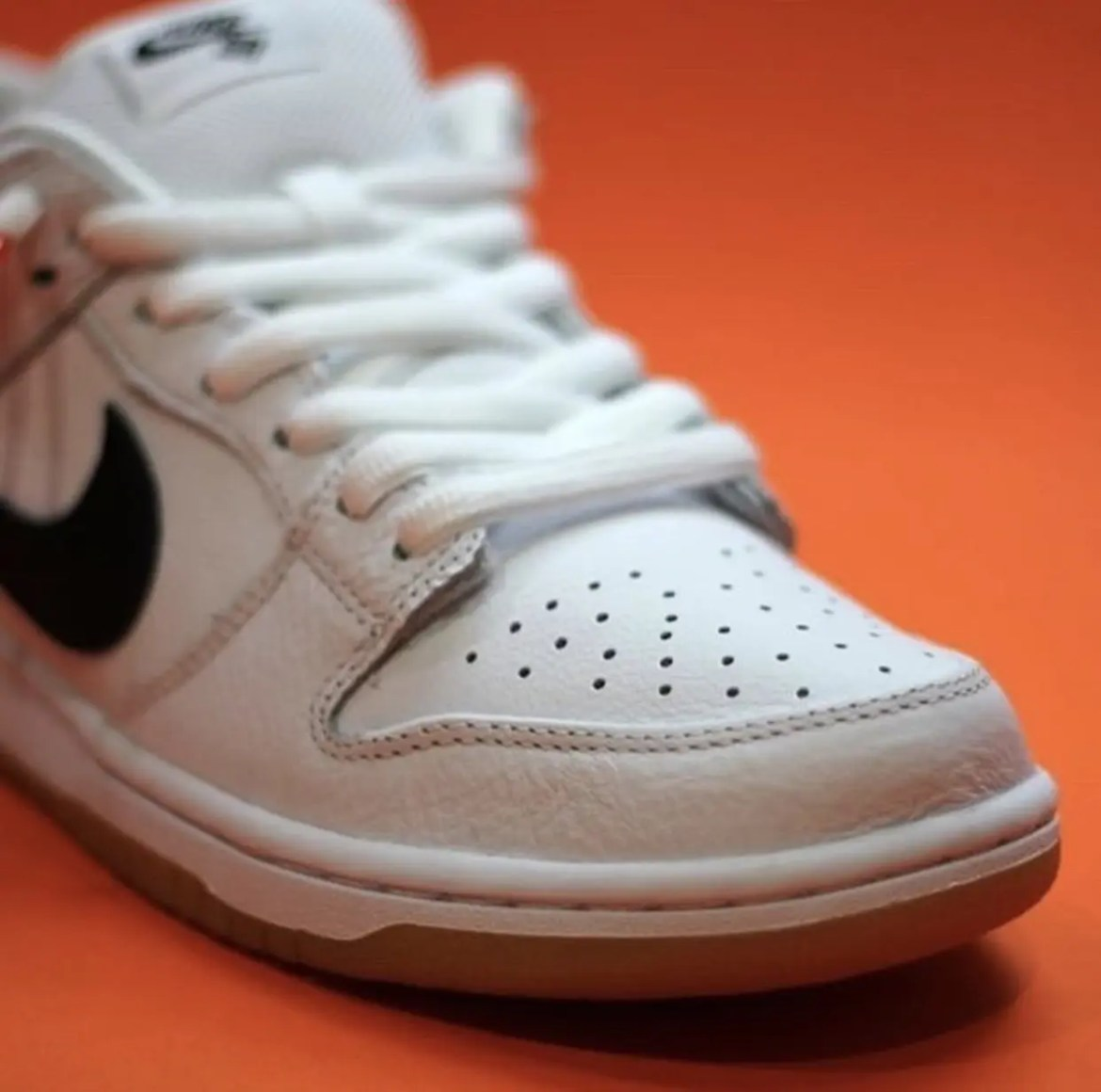 Nike-SB-Dunk-Low-Orange-Label-White-Gum-Release-Date-2
