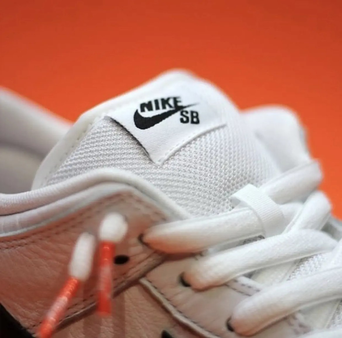 Nike-SB-Dunk-Low-Orange-Label-White-Gum-Release-Date-3 (1)