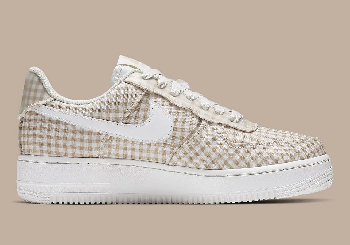 nike-air-force-1-gingham-brown-BV4891_101-5
