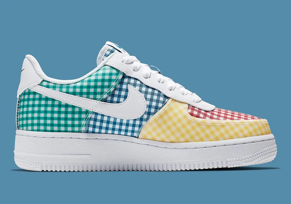 nike-air-force-1-gingham-multi-BV4891_100-4