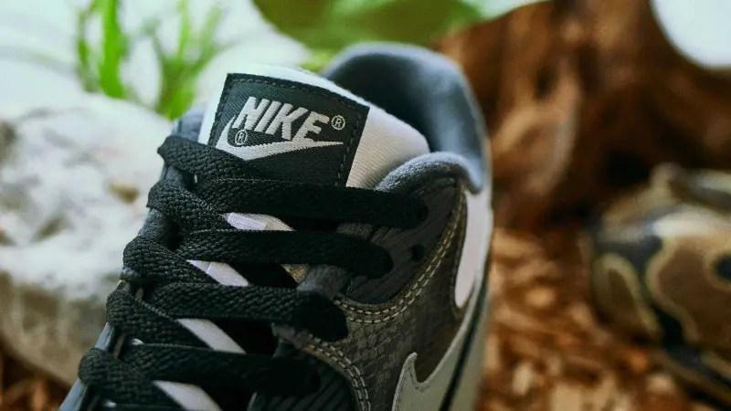 Nike Air Max 90 Snake Skin CD0916-100-3