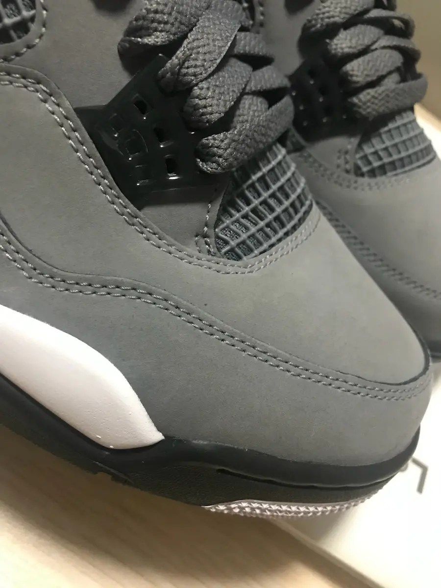 Air-Jordan-4-Cool-Grey-2019-308497-007-02