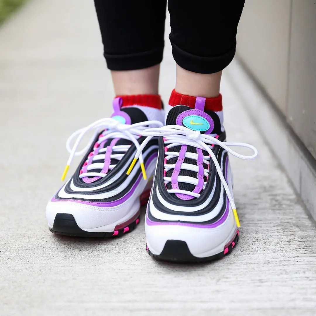 nike-w-air-max-97-white-dynamic-yellow-bright-violet-921733-106-02