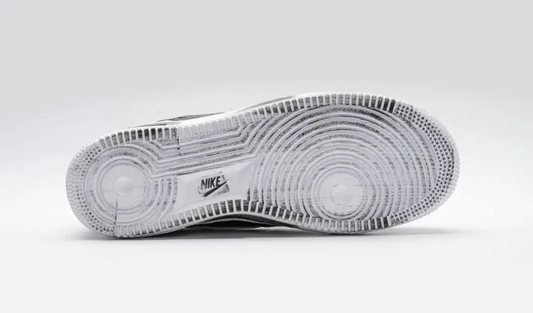 PEACEMINUSONE x Nike Air Force 1 (ピースマイナスワン × ナイキ エア フォース 1)