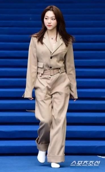 Seoul Fashion Week 2020 SS SFW ソウル ファッション ウィーク 2020年 春夏 最新 Gugudan ググダン Kang Mina カン ミナ