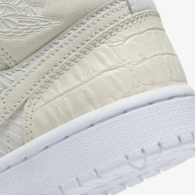 Nike Air Jordan 1 Mid WMNS (ナイキ エア ジョーダン 1 ミッド ウィメンズ) CV3018-001