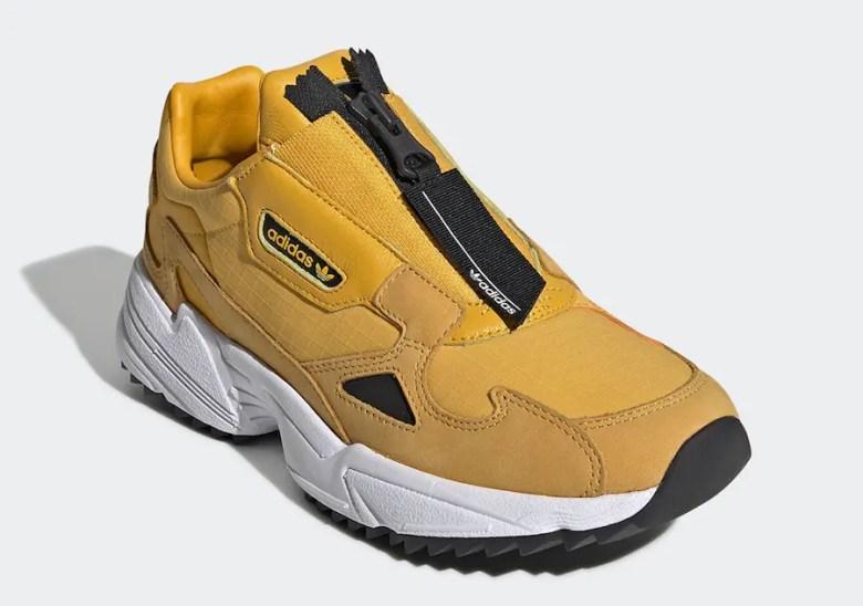 adidas-Falcon-Zip-Active-Gold-EE5113-01.jpg