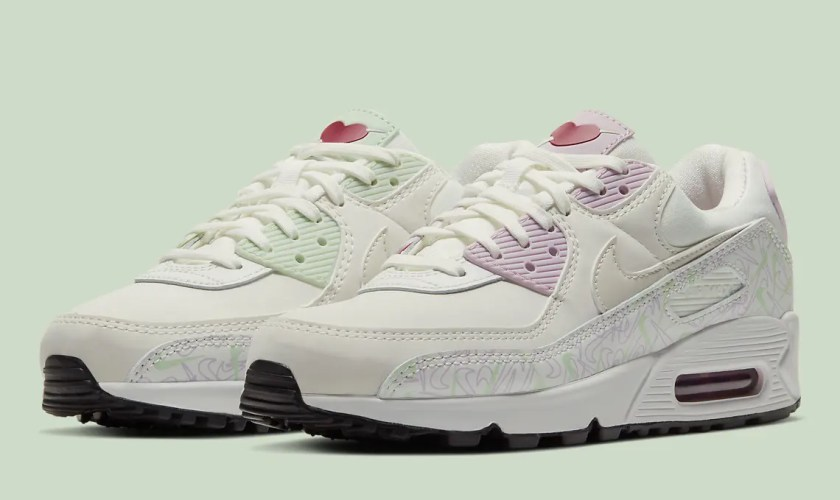 Nike-Air-Max-90-Valentines-Day-CI7395-100-04