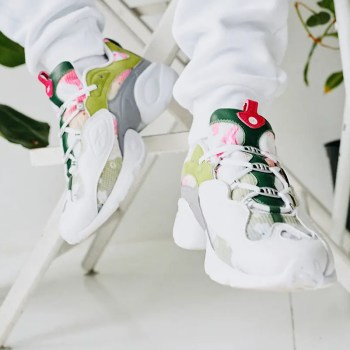 Off-The-Hook-Reebok-Electro-3D-97-ON-WHITE-06