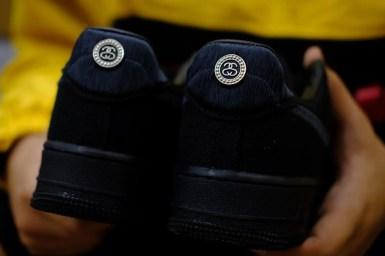 ステューシー ナイキ コラボ エア フォース 1 ブラック Stussy Nike Air Force 1 Black close heel logo
