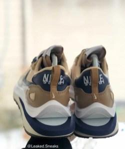 Sacai Nike VaporWaffle Sesame Blue サカイ ナイキ ヴェイパー ワッフル コラボ セサミ ブルー pair back detail