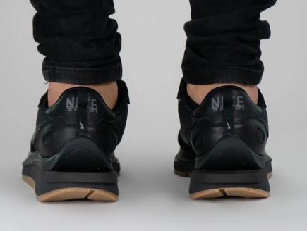 Sacai x Nike VaporWaffle Black/Off-Noir-Off-Noir サカイ ナイキ ヴェイパー ワッフル wearing