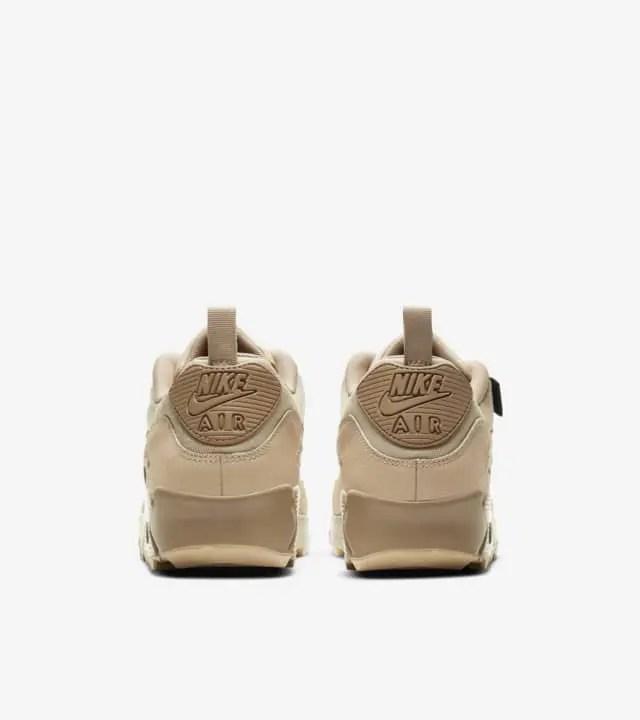 ナイキ エア マックス 90 サープラス デザート CQ7743-200 air-max-90-surplus-desert-pair-heel