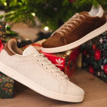 "グレムリンズ x アディダス スタンスミス ""クリスマスモンスター""-adidas-originals-stan-smith-christmas-monster-s42669-gremlins-mogwai-furry-hairy-xmas-look3"