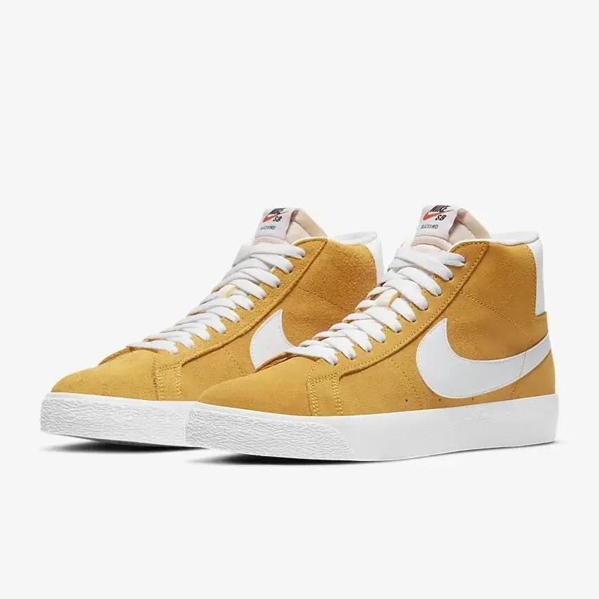 """ナイキ SB ブレーザー ミッド """"ユニバーシティーゴールド"""" Nike-SB-Blazer-Mid-University-Gold-864349-700-pair"""