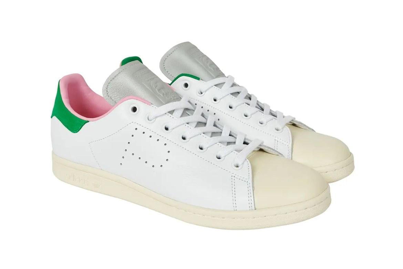 """パレス スケートボード × アディダス オリジナルス スタンスミス """"ホワイト/ クリーム"""" Palace-Skateboards-adidas-Originals-Stan-Smith-White-Cream-pair-side-front"""