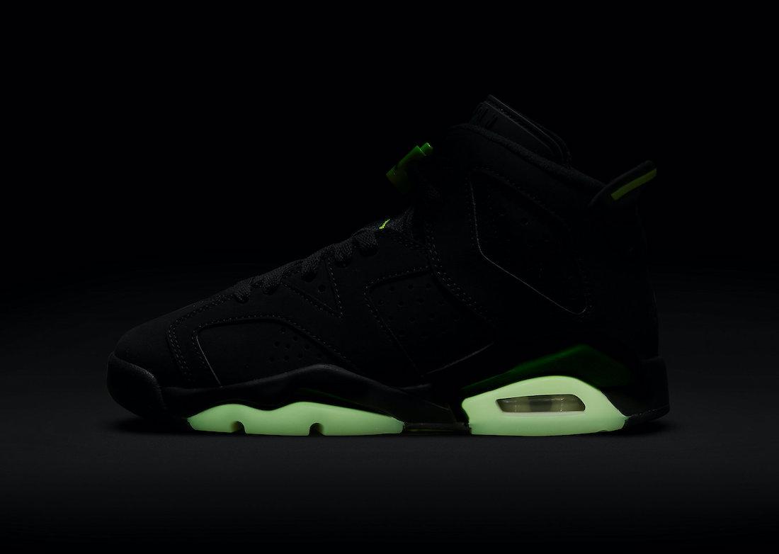 """ナイキ エア ジョーダン 6 """"エレクトリック グリーン""""/ GS Nike-Air-Jordan-6-Electric-Green-GS-384665-003-side-glowing"""