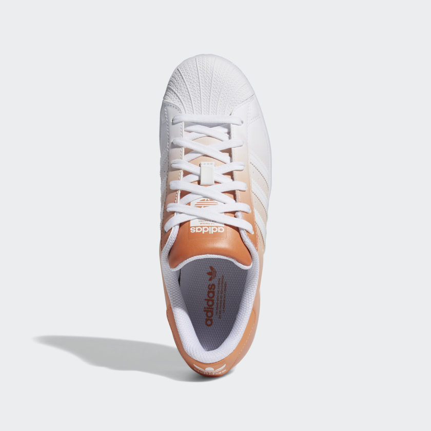 """アディダス ウィメンズ オリジナルス スーパースター """"ヘイジー コパー"""" adidas_Superstar_wmns_hazy-copper_GV7758-top"""