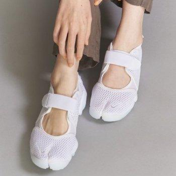 ナイキ エアリフト ホワイト スニーカー サンダル 着用画像 Nike Air Rift White detail
