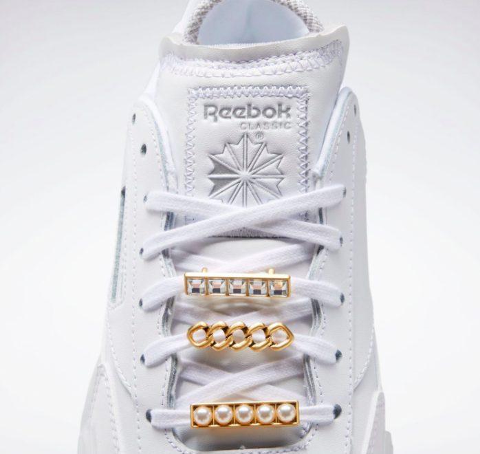 """リーボック × カーディビー """"クラブ シー カーディ"""" / フットウェア ホワイト Reebok-Cardi-B-Club-C-Cardi-Footwear-White-GX0038-tongue"""