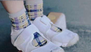コーデ③:柄物靴下xエアリフト nike-air-rift-socks-style-print-socks
