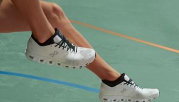 タフで高機能なonのスニーカーが万能! on-sneakers-select-10-cloud_x_2