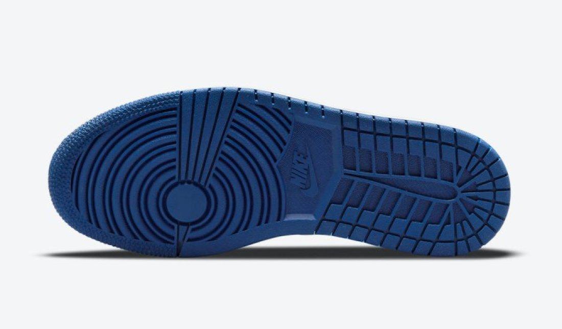 """ナイキ ウィメンズ エア ジョーダン 1 ロー """"ディープ ロイヤル"""" Nike-WMNS-Air-Jordan-1-Low-Deep-Royal-DA8008-401-sole"""