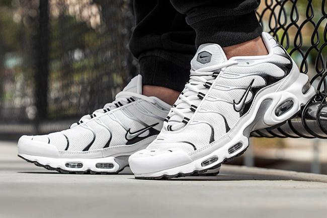 Air Max White Plus Sneakers Nike