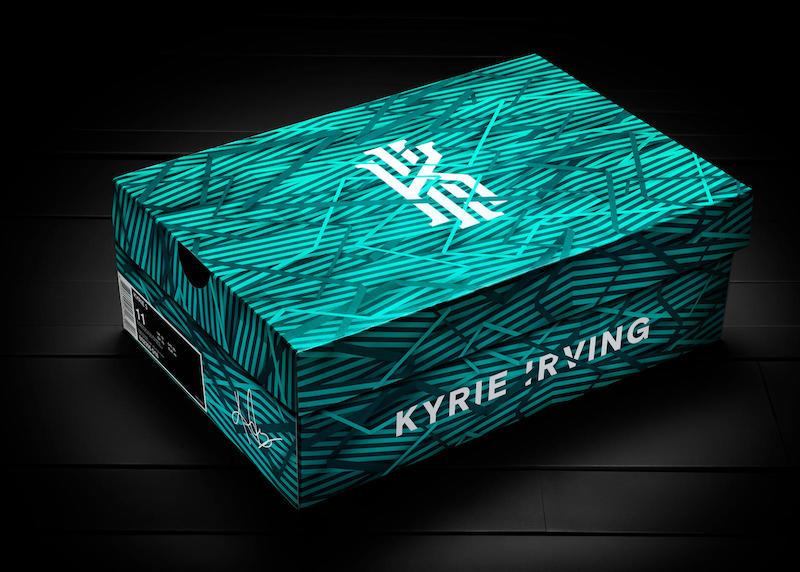 Nike Kyrie 3 Box