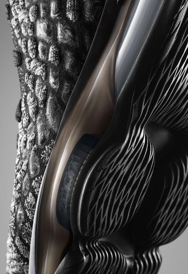 Nike LeBron 17 Black White BQ3177-002 Release Date